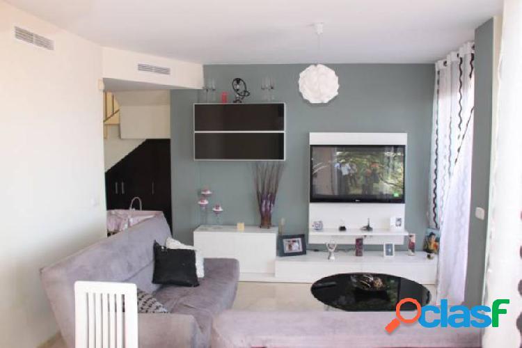 Atico duplex en residencial exclusivo los altos de sierra cortina