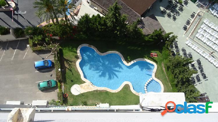 Acogedor apartamento con terraza 15m2 y vistas al mar y ciudad en zona gran hotel bali.