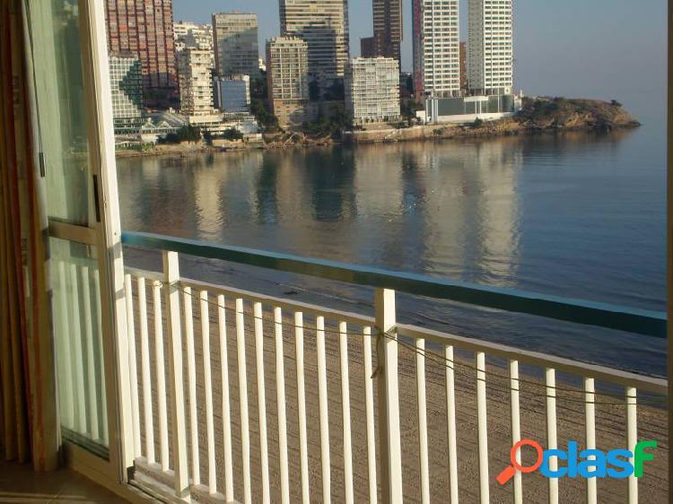 Apartamento en primera linea de la playa levante, benidorm