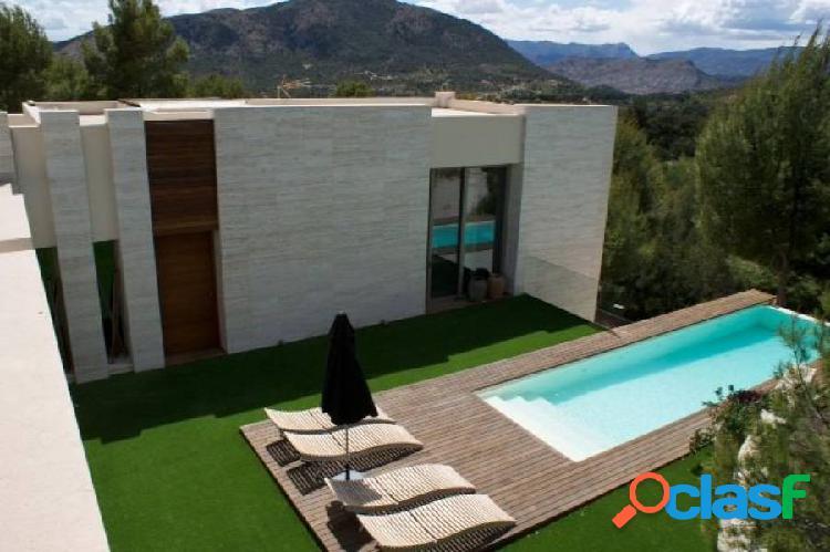 Exclusiva villa moderna a un paso de benidorm