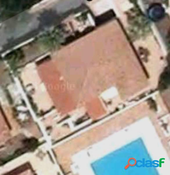 Costa arona villa 400 m2 construidos con 330m2 de terraza y jardín cerca del mar