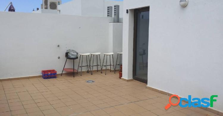 El madroñal atico de 65 m2 con solárium, plaza garaje y trastero.