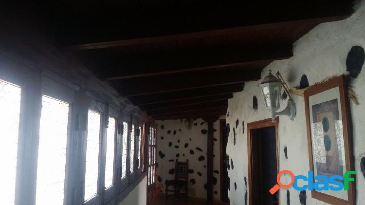 Chio casa 3 habitacioens, terreno de 500 m2 construidos en una sola planta