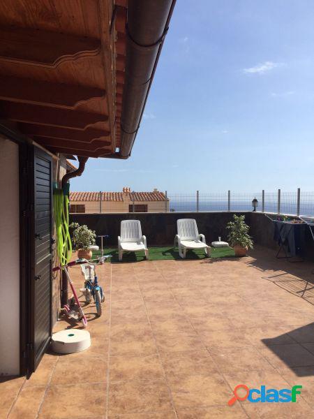 Deje atico de 100m2 mas 80 m2 terraza con vistas