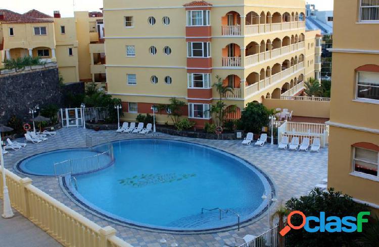 Golf del sur piso de 3 habitaciones a 150 metros del mar con piscina y zonas verdes