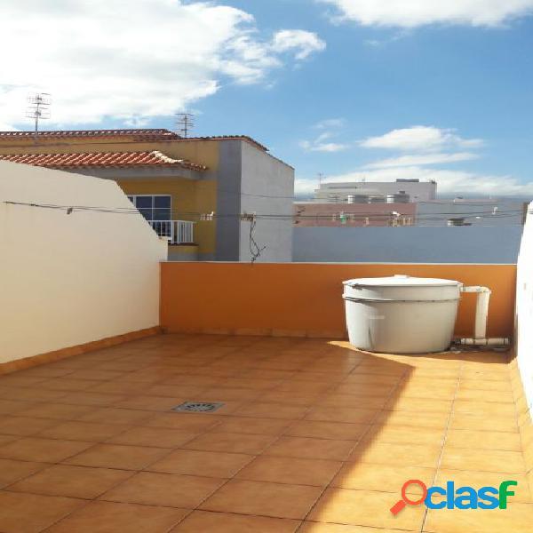 San isidro, piso 73 m2 con 2 dormitorios, 2 baños, patio 20 m2, solarium, plaza garaje y trastero