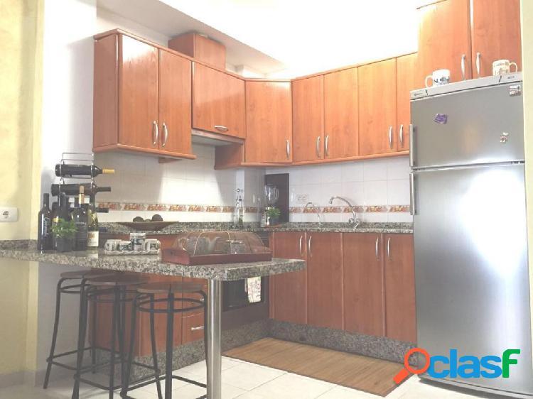 Alquiler opcion compra San Isidro, Piso 73 m2 con 2 dormitorios, 2 baños, solarium y garaje 3
