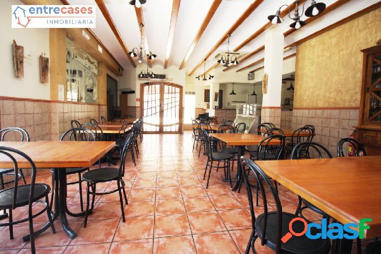 Bar restaurante totalmente equipado y listo
