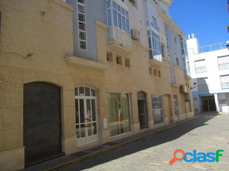 Local comercial. 85 m2. en pleno centro de ayamonte