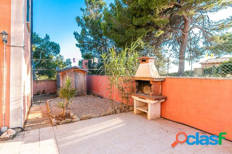 Planta baja con 139 m2 de terraza y jardín