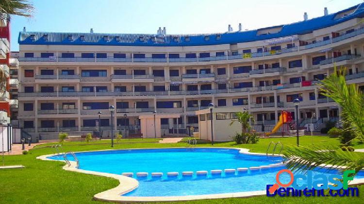 Apartamento con 2 dormitorios en planta baja a 150 mts de la playa y a 700 mts de denia