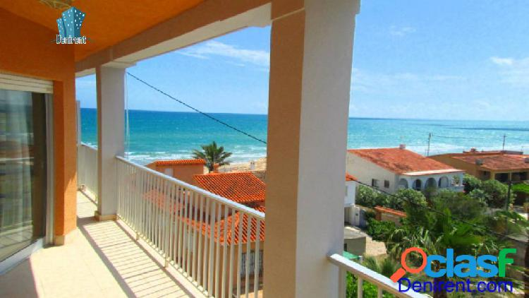 Apartamento con vistas panorámicas al mar en 1º linea