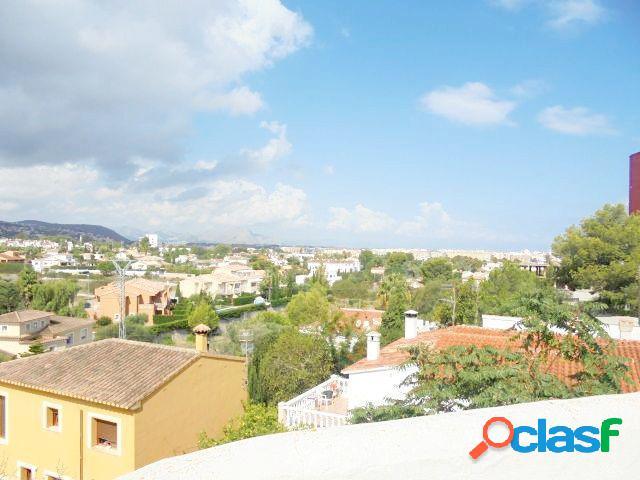 Chalet independiente con 4 dormitorios y 600 mts de parcela próximo a playa de la Marineta Casiana 1