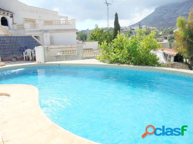 Chalet independiente con 4 dormitorios y 600 mts de parcela próximo a playa de la Marineta Casiana 2
