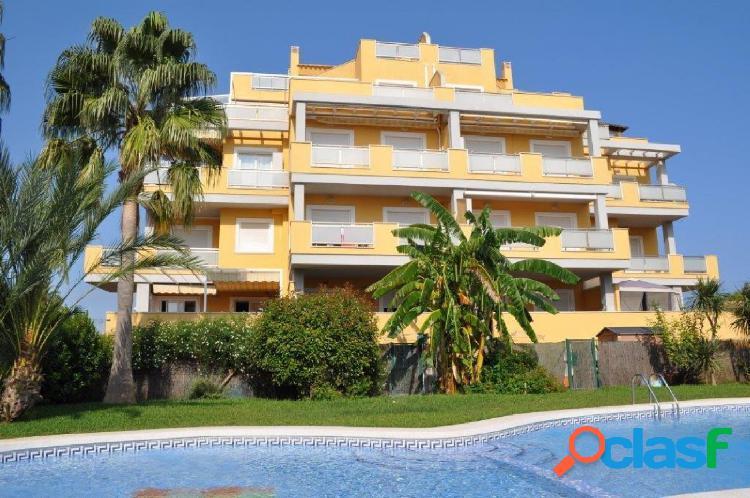 Apartamento con 2 dormitorios a 200 mts de la playa y a 1,5 km de denia
