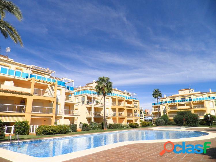 Apartamento con 2 dormitorios a 250 mts de la playa y a 4 km de denia