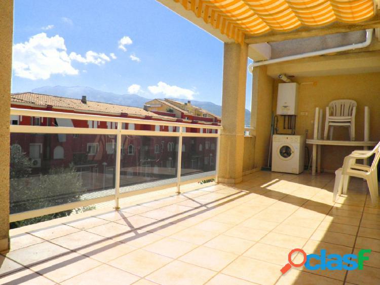 Atico con 3 dormitorios y gran terraza a 1 km de Denia y a 250 mts de la playa