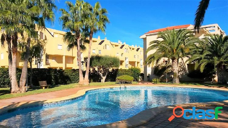 Atico con 3 dormitorios y gran terraza a 1 km de Denia y a 250 mts de la playa 1