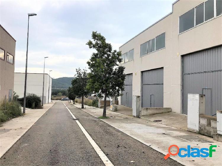 Nave industrial en calafell parc empresarial