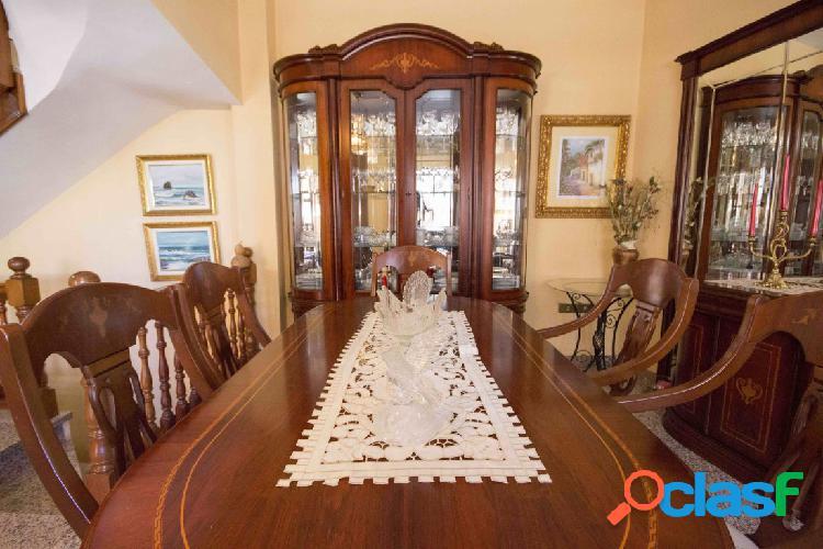 Magnifica Casa Chalet venta en la Cuesta. 1