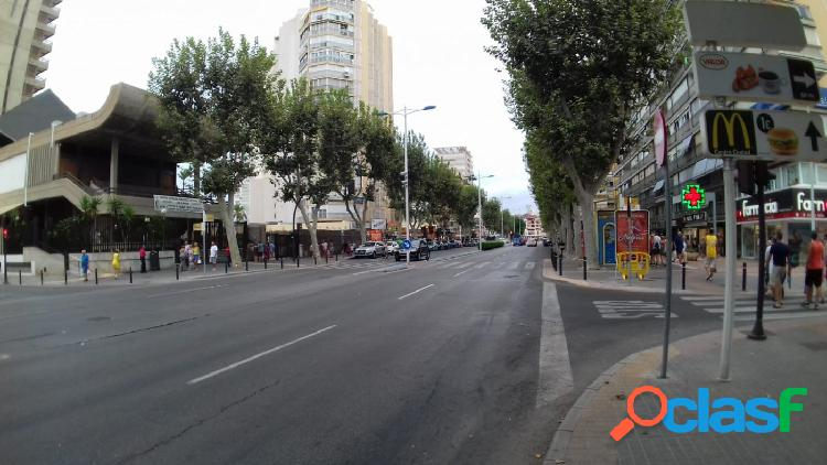 2ª linea playa levante 4 dormitorios y parking