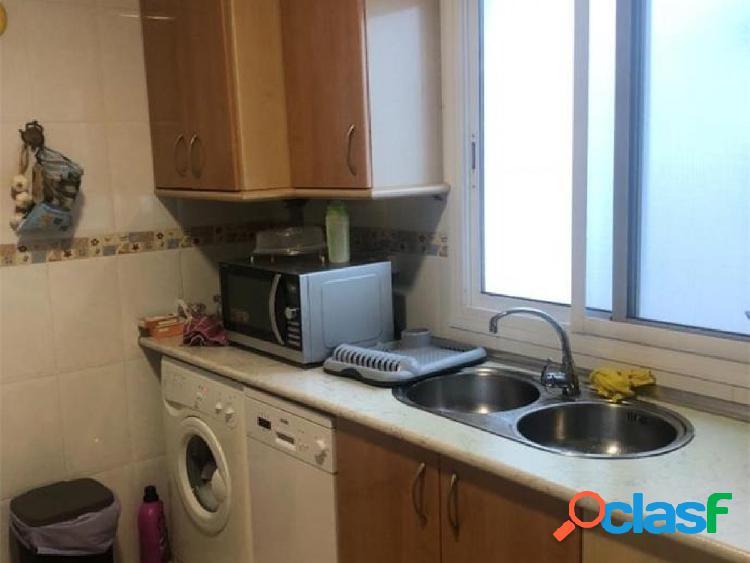 Apartamento en Roquetas de Mar puerto a 100 mts del mar y servicios 3