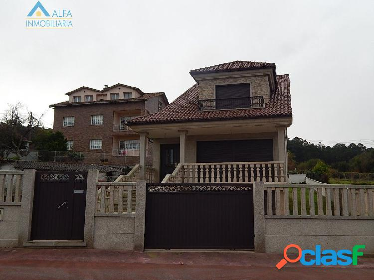 Chalet independiente en bamio.