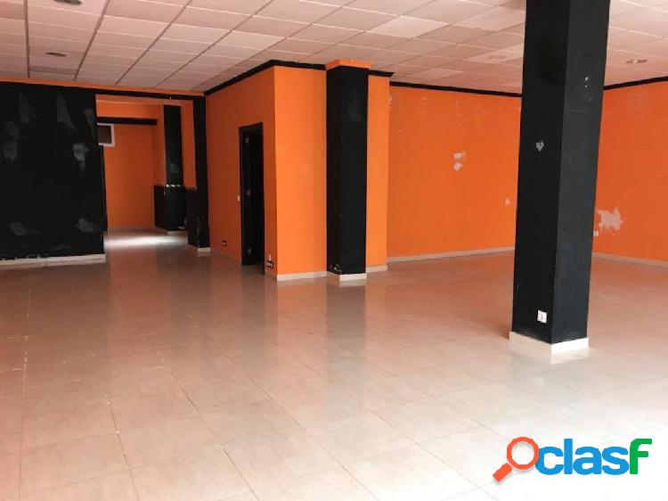Local comercial de 250 m2 en belmez