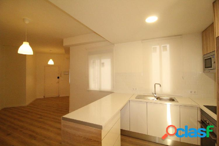 Reforma integral, comedor 35 metros con cocina americana integrada, 2 habitaciones dobles