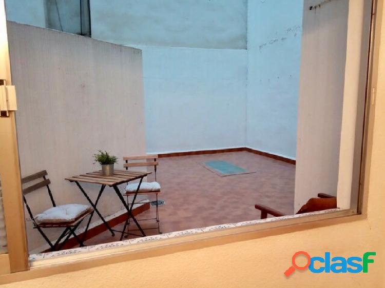 Piso 90+15+10 metros terraza, 2 trasteros, 3 habitaciones, 1 baño (posib. 2), cocina office