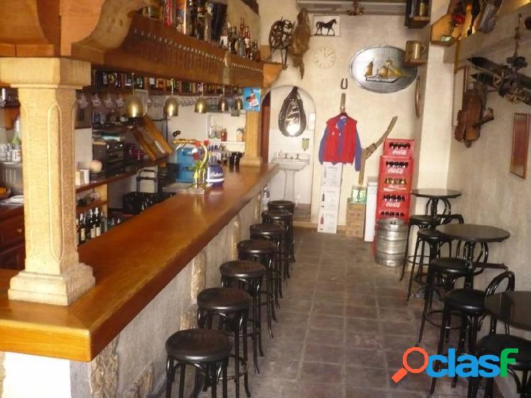 Bar en el centro de moraira en una zona muy transitado del turismo