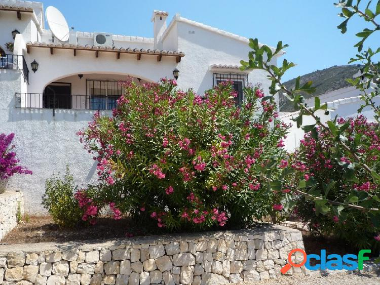 Bungalow confortable con vistas al mar en benitachell - los alcazares