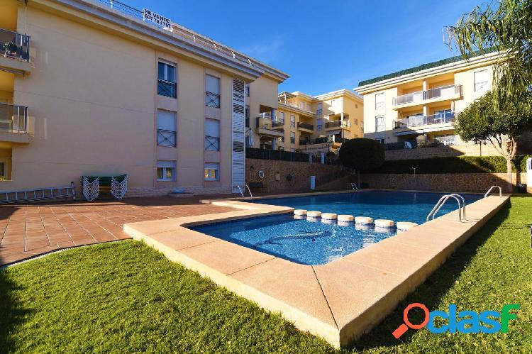 Apartamento de 3 dormitorios en calpe, con piscina comunitaria y vistas a las montañas, a solo 150 m