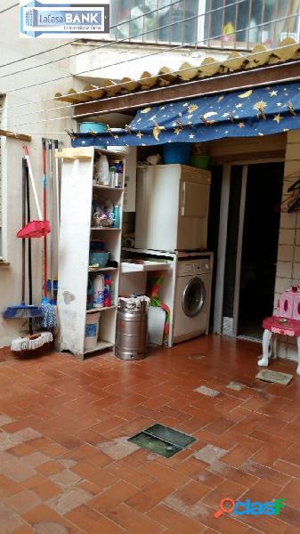 Dos pisos juntos en villajoyosa. 4 dorm, 2 baños.