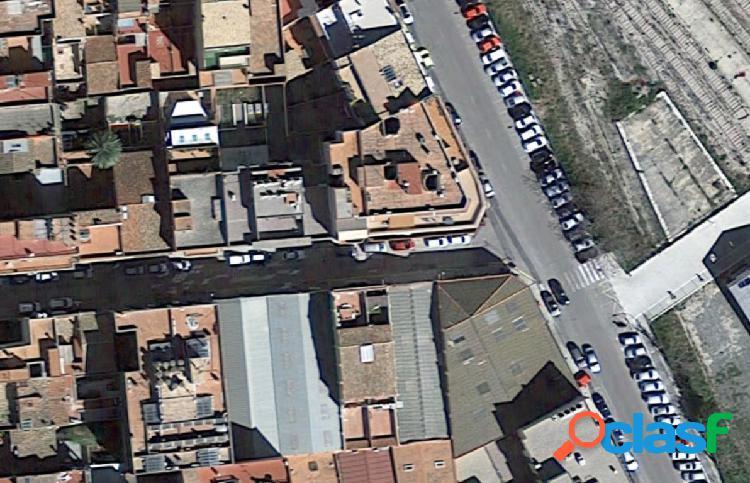 Local comercial en c/comte banyuelos tortosa