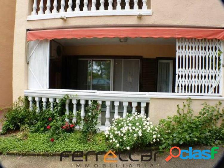 Apartamento en Salou zona Cap de Salou con piscina y terraza