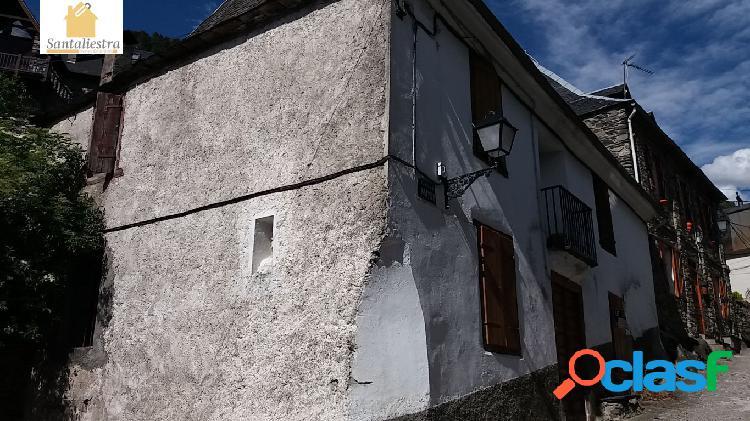 Casa antigua a reformar en arros, valle de aran, con terreno y posibilidad de tres viviendas