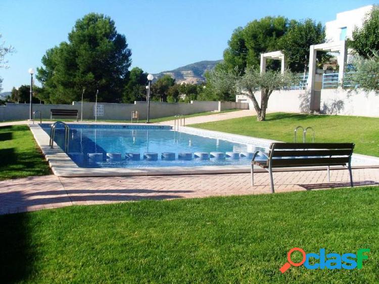 Urbanizacion Garbí casa de 120 m2 con 4 dormitorios piscina y parking
