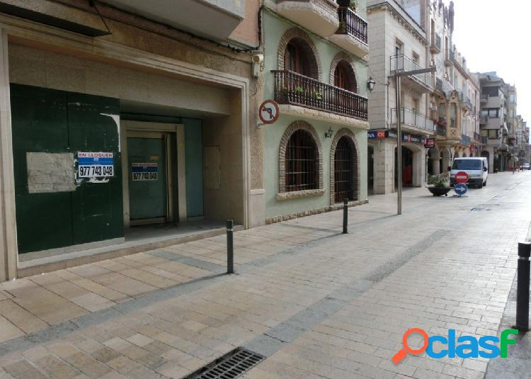 Local comercial de 130 m2 situado en calle mayor