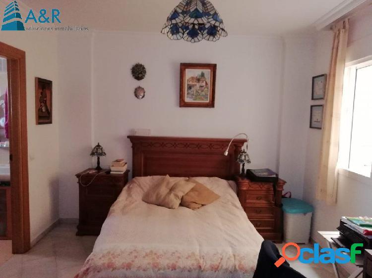 Piso tres dormitorios en la zona nueva de Vélez-Málaga 2