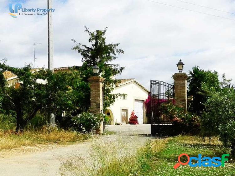 Fantástica masia con cavas cerca de vilafranca del penedés