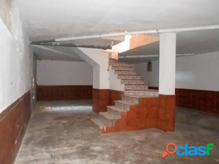 CASA GRANDE DE 5 DORMITORIOS, 3 BAÑOS, 1 ASEO, SOTANO - JUNTA DE LOS RIOS