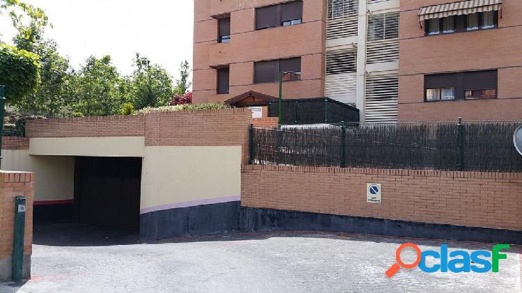 Plaza de garaje en sector b
