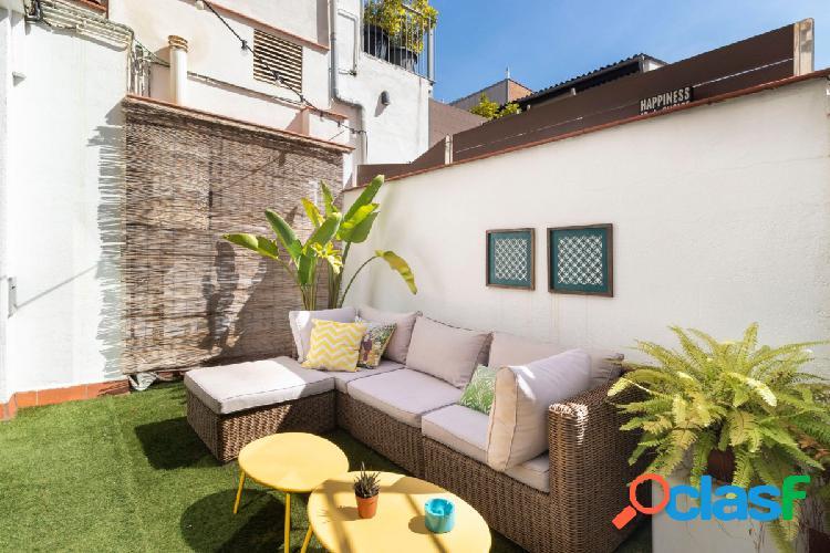 Exclusiva vivienda de 196 m2 de los cuales 116 m2 construidos son vivienda y 80 m2 de terraza.