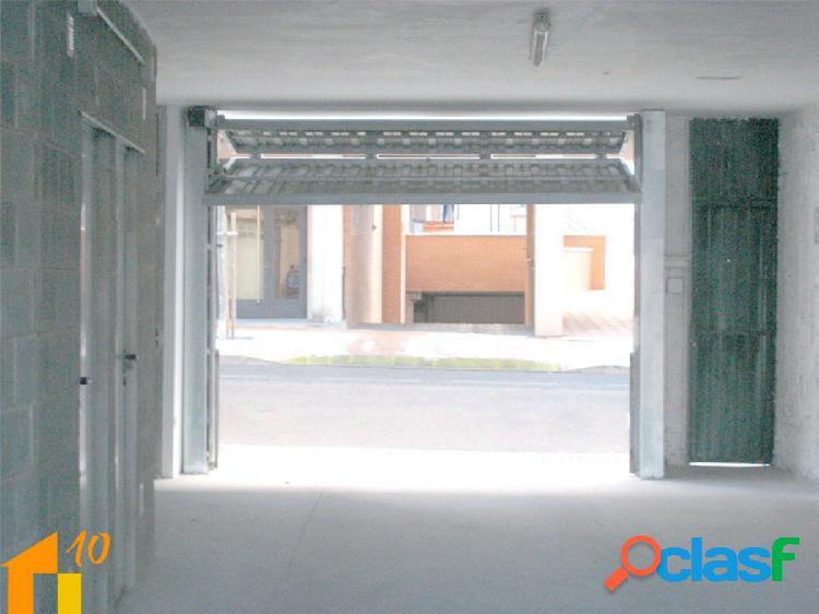 Plazas de garaje en venta c/ santo toribio