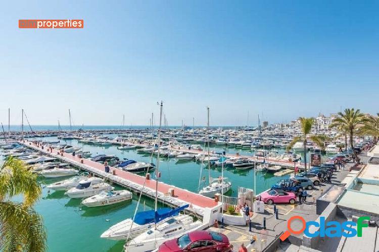 Apartamento duplex en primera linea en puerto banus,marbella, malaga