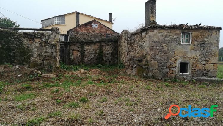 Casa de piedra para restaurar con finca