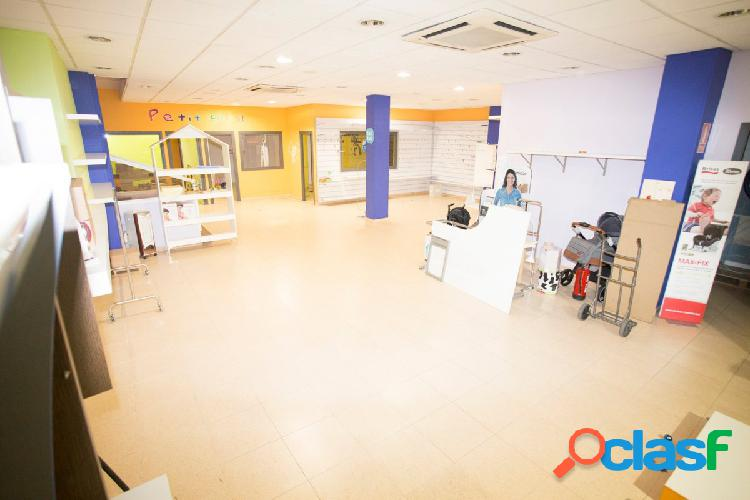 Local comercial 220 m2