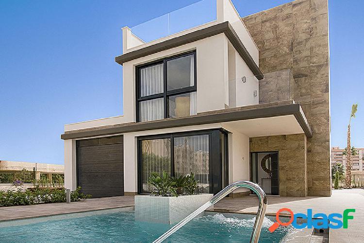 Villa - playa honda - 4 dormitorios + 3 baños - 156 m2 + 440 m2 parcela