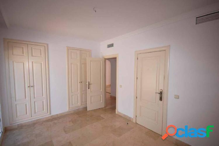 Apartamento en Milla de Oro, Marbella 3